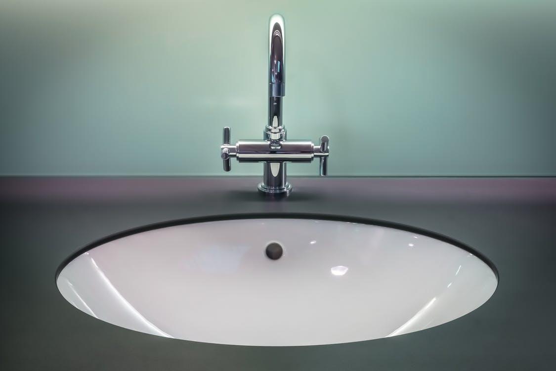 Afvoer Douche Herstellen : Het ontstoppen van.. uw badkamer dg riooltechniek